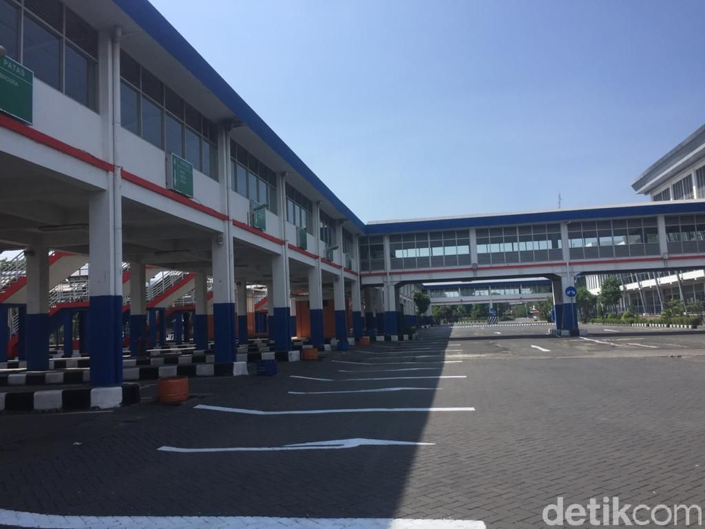 Long Weekend Hari ke-3, Armada Bus dari Terminal Purabaya Meningkat 10%