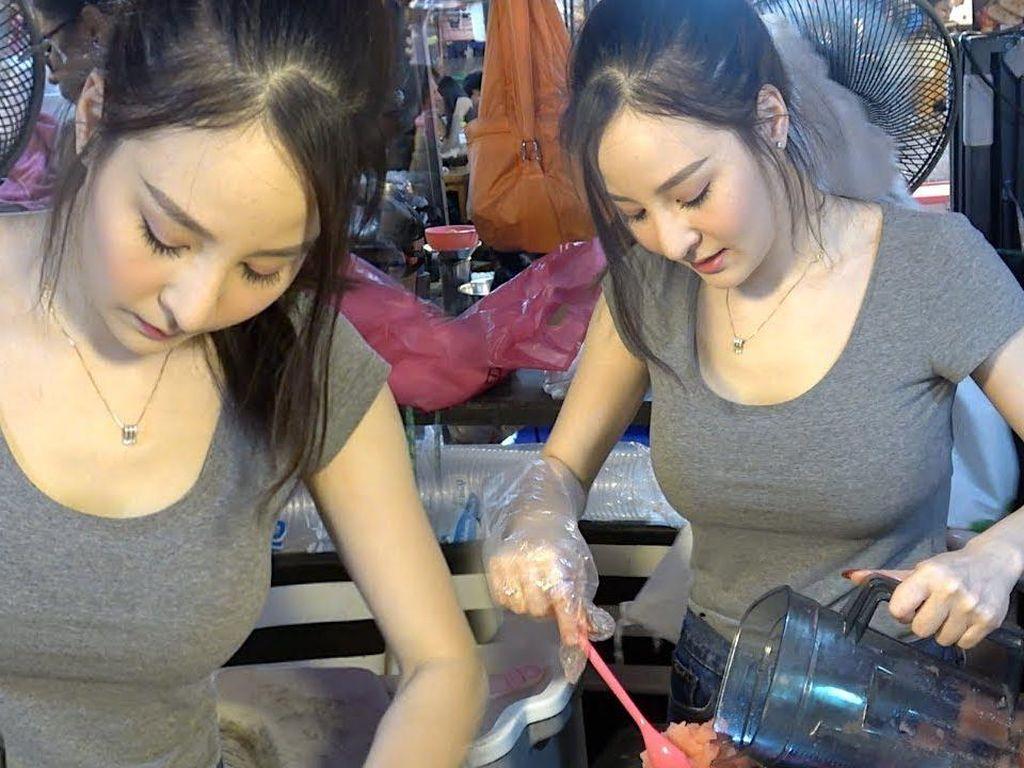 5 Penjual Makanan Cantik dan Tampan di Thailand Ini Bikin Gagal Fokus