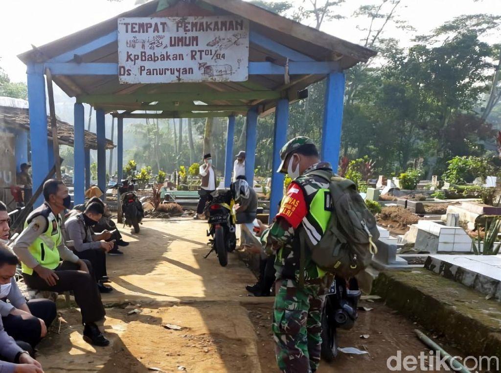 Makam PDP di Sukabumi Dibongkar, Keluarga: Pakaian Dikubur Terpisah