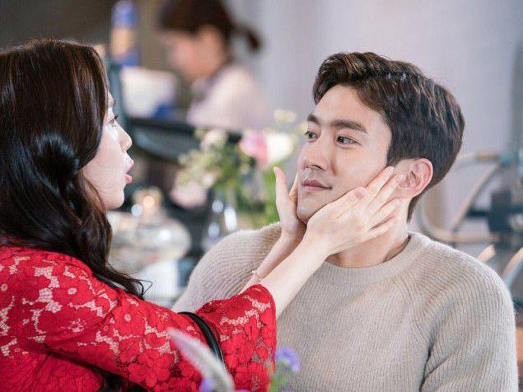 Sinopsis Revolutinary Love Episode 4, Byun Hyuk yang Malang