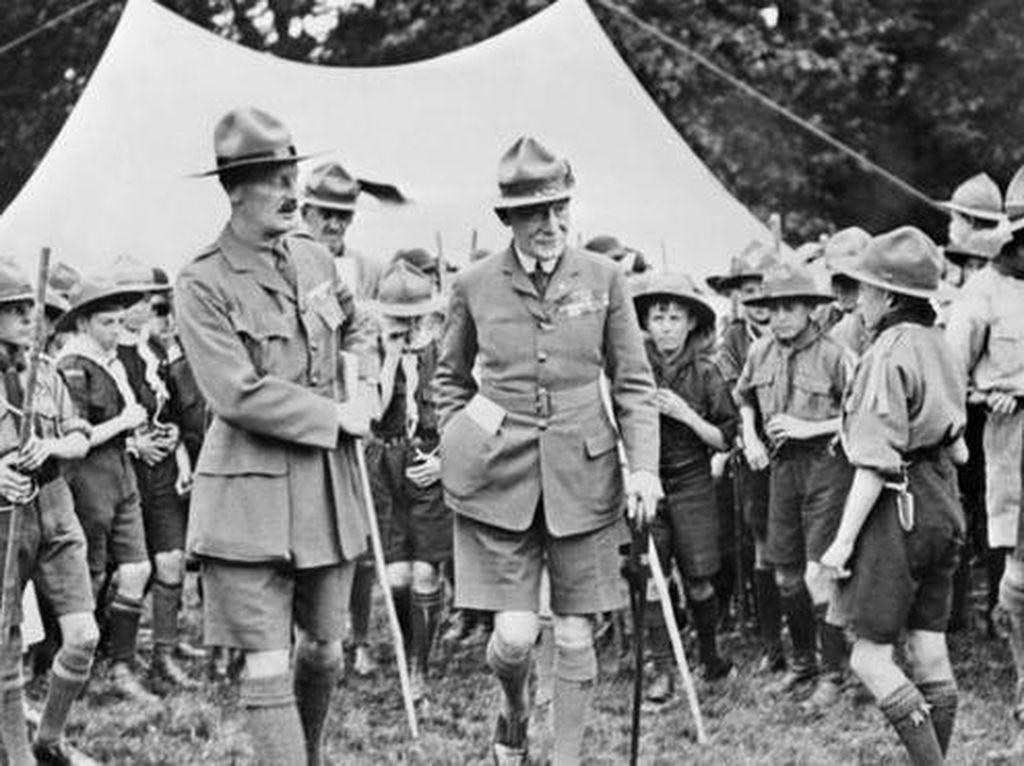 Benarkah Pelopor Pramuka Baden-Powell Simpatisan Nazi dan Homofobik?