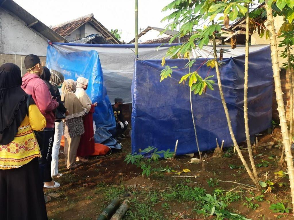 Keluarga PDP Bayar Makam dengan Protokol Corona, Ini Kata RS Sukabumi