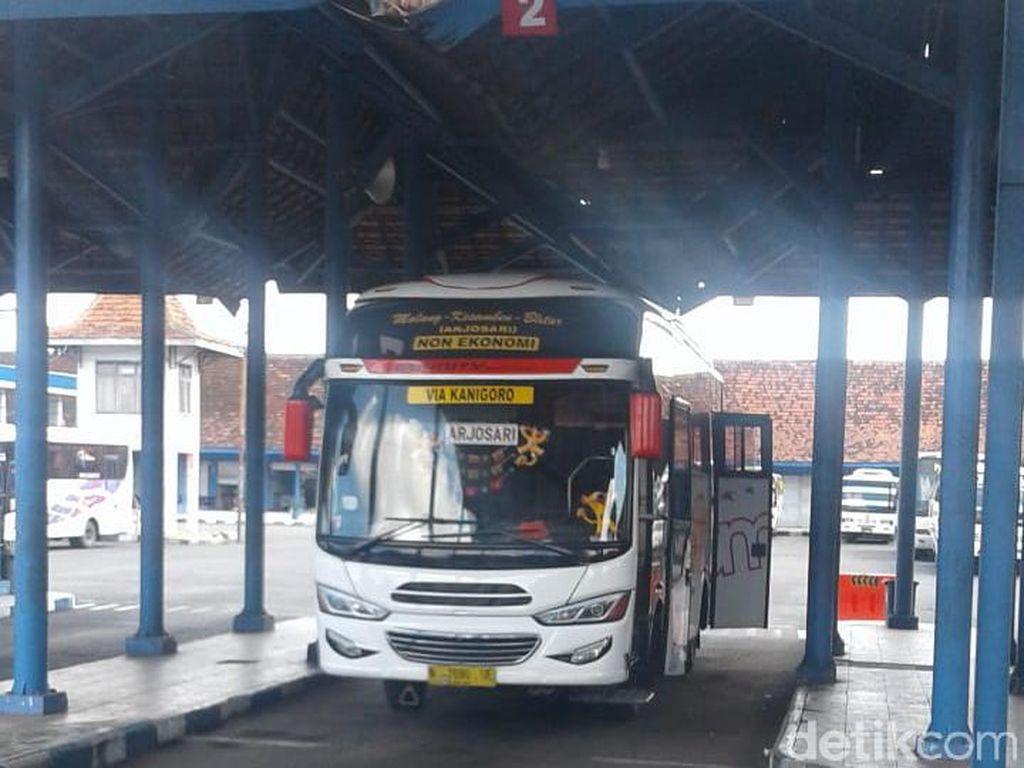 Penumpang di Terminal Blitar Sepi, Organda Belum Naikkan Tarif Bus