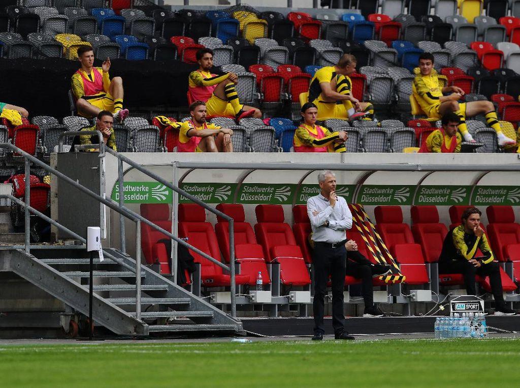 Duh! Pelatih Dortmund Cedera Lagi Gara-gara Selebrasi Gol