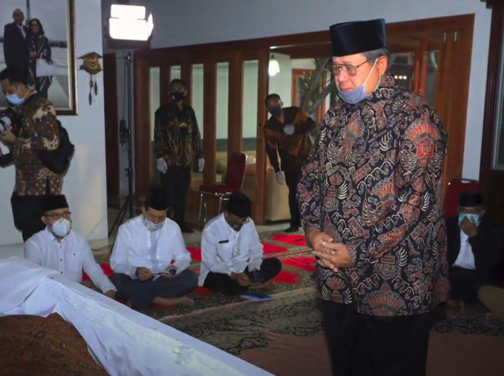 Pramono Edhie Wafat, SBY: Tahun Berat Setelah Saya Ditinggal Istri-Ibunda