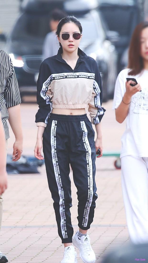 Naeun Apink saat menjadi model pakaian Adidas