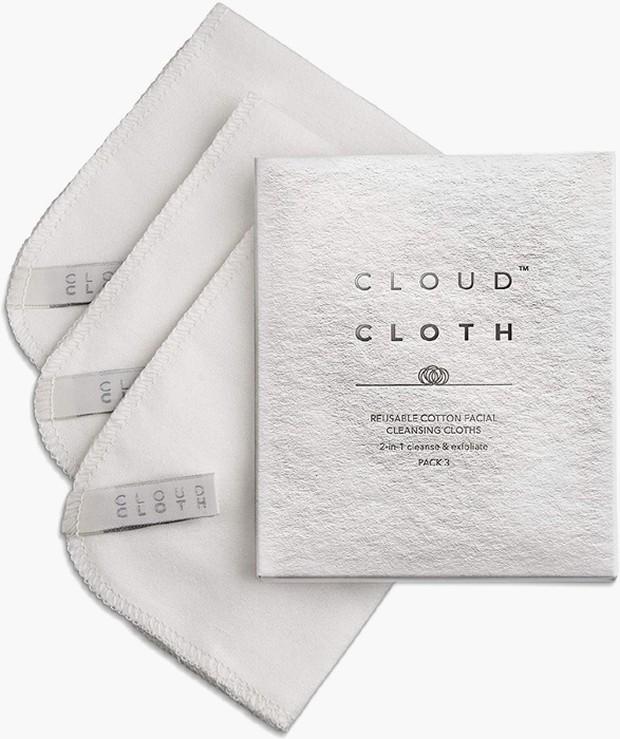 Organic CloudCloth Face Cleansing Cloths mampu menghilangkan makeul dan kotoran dari kulit secara lembut.