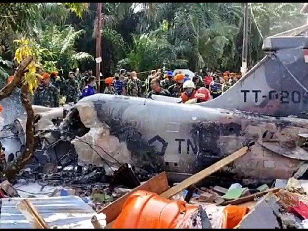 Fakta-fakta Pesawat Tempur TNI AU Jatuh di Kawasan Permukiman Warga