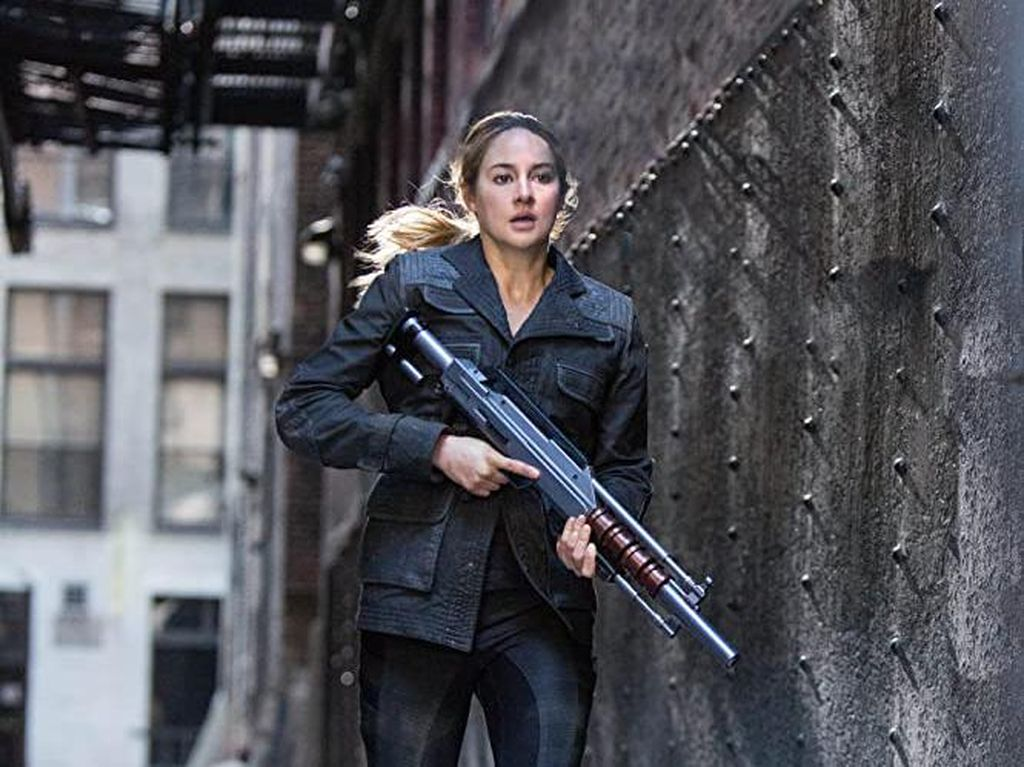 Sinopsis Divergent, Aksi Shailene Woodley di Bioskop Trans TV