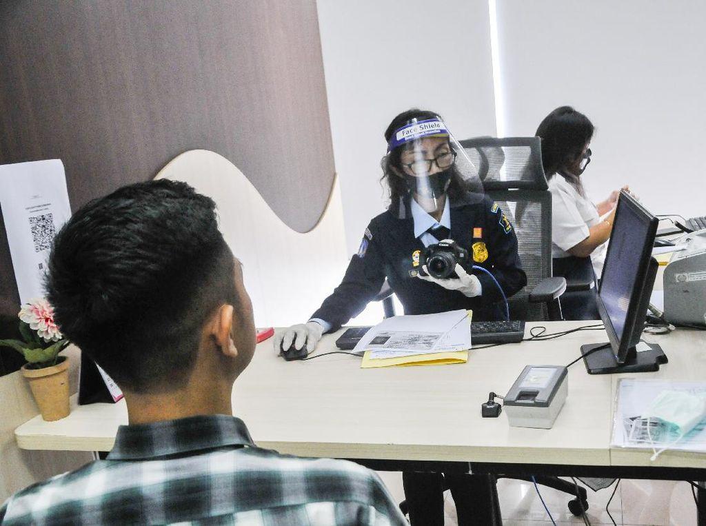 WNA Sudah Bisa Ajukan Visa Kunjungan ke Indonesia, Tapi Terbatas