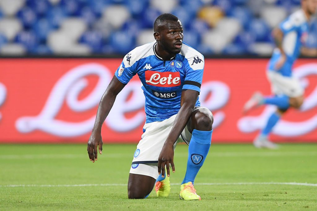 NAPLES, ITALY - JUNE 13: Kalidou Koulibaly of SSC Napoli stands disappointed during the Coppa Italia Semi-Final Second Leg match between SSC Napoli and FC Internazionale at Stadio San Paolo on June 13, 2020 in Naples, Italy. (Photo by Francesco Pecoraro/Getty Images)