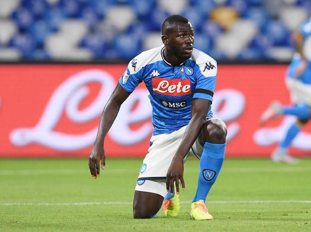 Mau Dapatkan Koulibaly, Liverpool Tawarkan Lovren ke Napoli