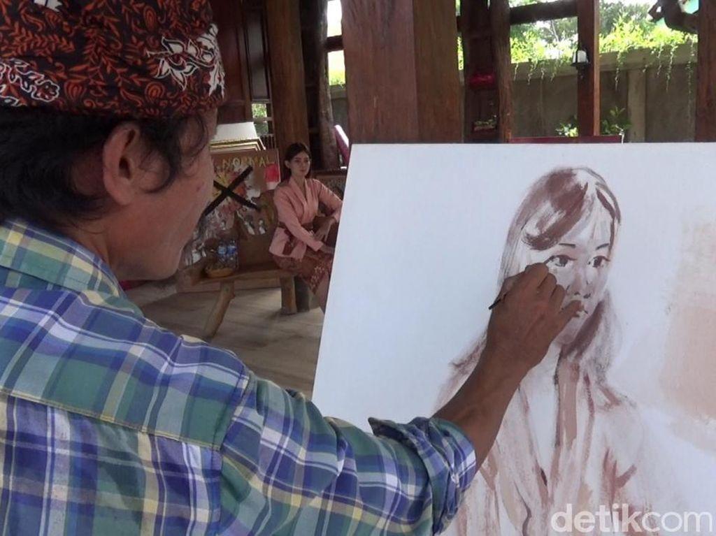 Sambut New Normal New Spirit, Pelukis Banyuwangi Gelar Melukis On the Spot