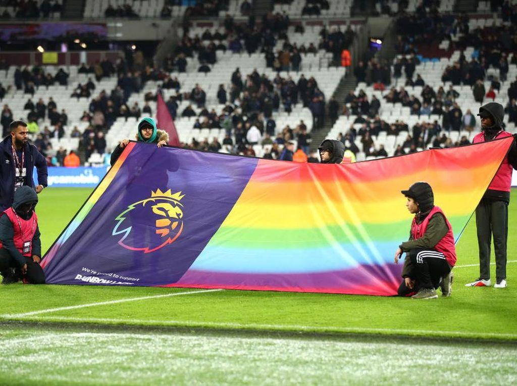 Setiap Tim Bola Inggris Diklaim Pasti Punya Pemain Gay