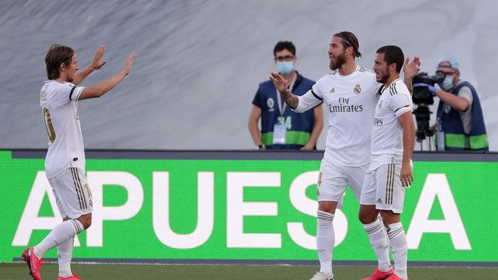 MADRID, SPAIN - JUNE 14: Sergio Ramos of Real Madrid celebrates after scoring his teams second goal during the Liga match between Real Madrid CF and SD Eibar SAD at Estadio Alfredo Di Stefano on June 14, 2020 in Madrid, Spain. (Photo by Gonzalo Arroyo Moreno/Getty Images)