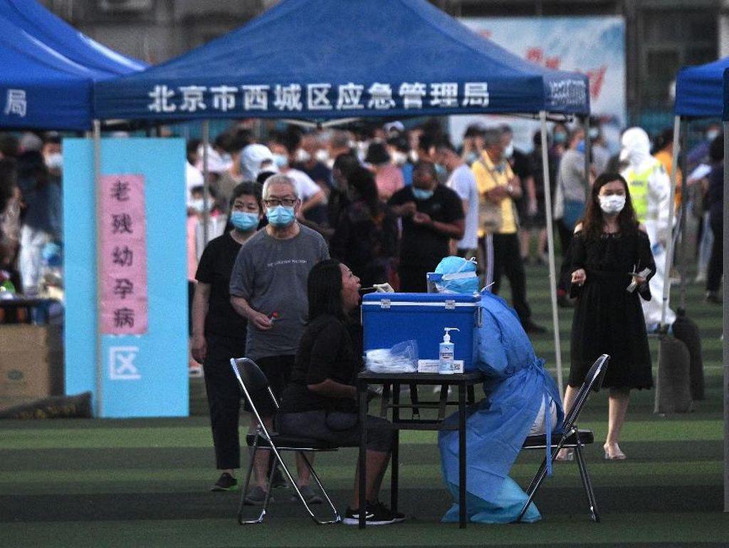 Dikaitkan dengan Lonjakan Kasus di Beijing, Bisakah Salmon Terinfeksi Corona?