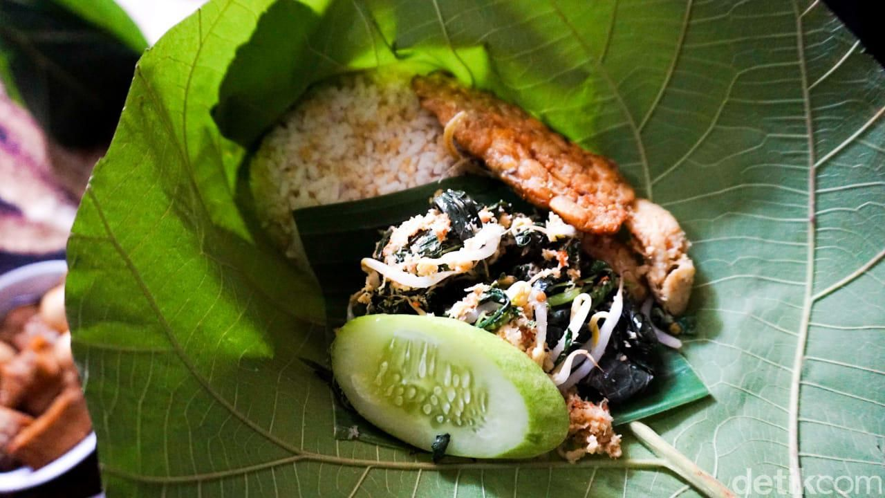 5 Fakta Tiwul Olahan Singkong Pengganti Nasi Favorit ...
