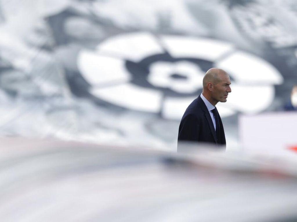 Real Madrid Dua Poin di Atas Barcelona, Zidane Bilang Begini