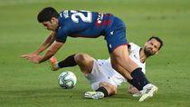 Gol Bunuh Diri di Akhir Laga Gagalkan Kemenangan Sevilla