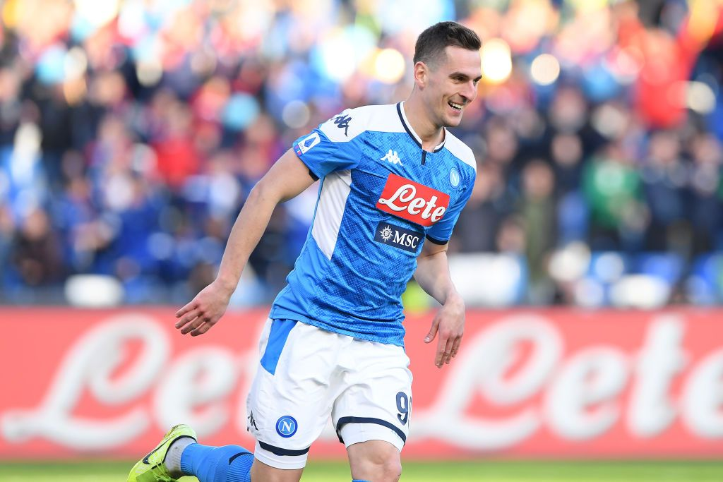 NAPLES, ITALY - FEBRUARY 09: Arkadiusz Milik of SSC Napoli celebrates after scoring the 1-1 goal during the Serie A match between SSC Napoli and  US Lecce at Stadio San Paolo on February 09, 2020 in Naples, Italy. (Photo by Francesco Pecoraro/Getty Images)