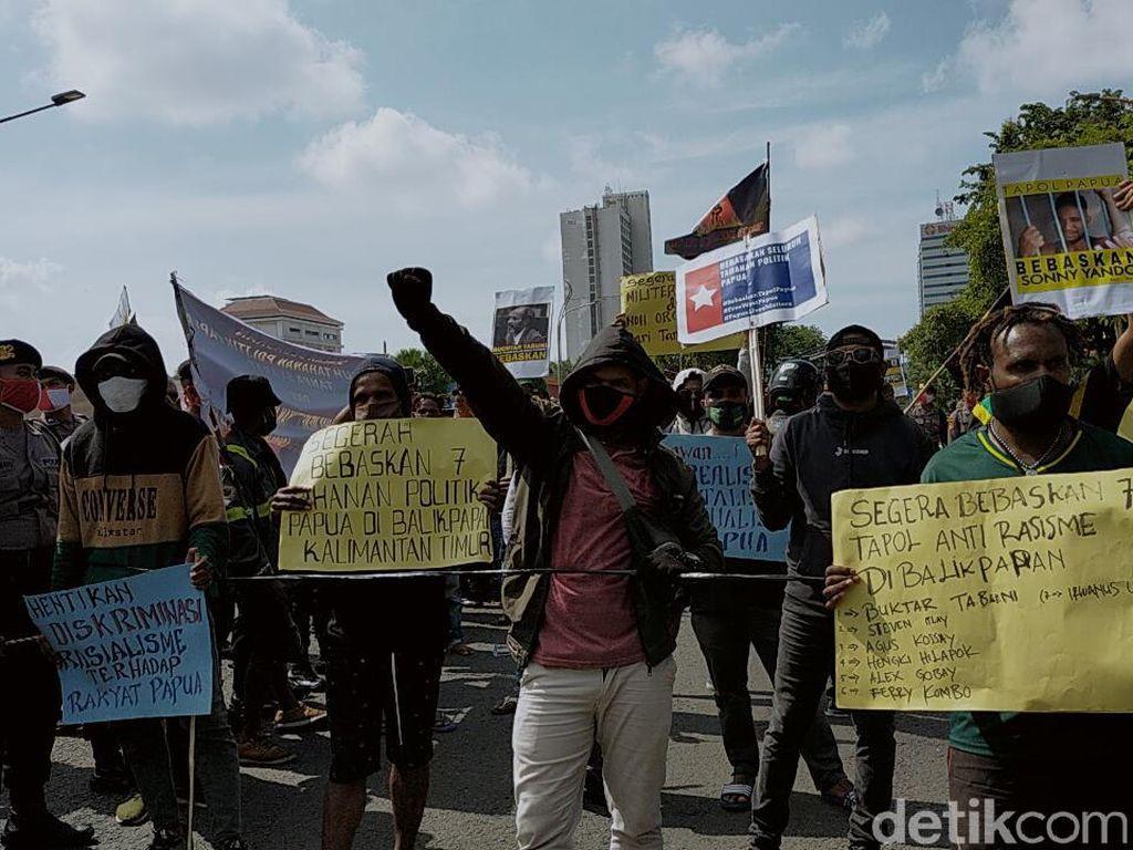 Mahasiswa Papua di Surabaya Gelar Aksi Tuntut 7 Tahanan Politik Dibebaskan