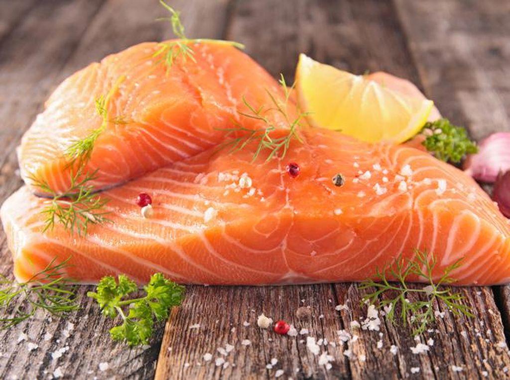 Dikaitkan dengan Virus Corona, Ini 5 Fakta Ikan Salmon