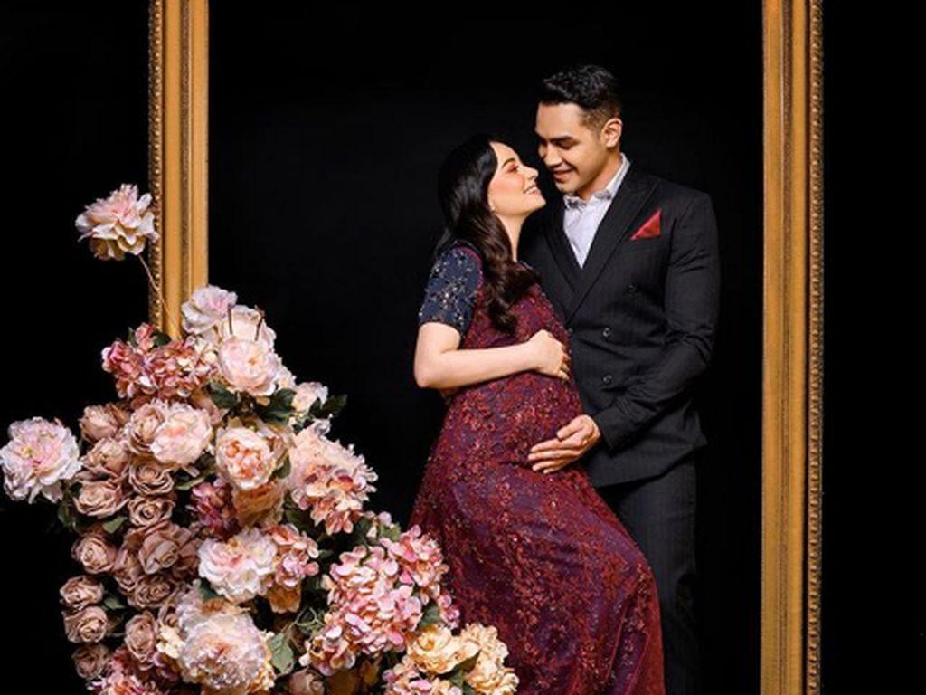 Hamil Pertama, Asmirandah Makin Manja dengan Suami
