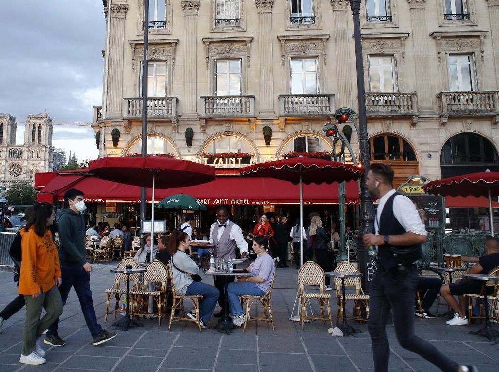 Longgarkan Lockdown, Prancis Buka Cafe, Restoran, dan Museum