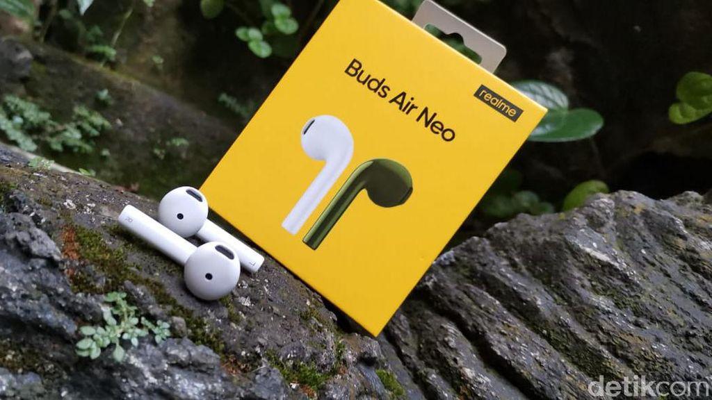 Unboxing Realme Buds AIr Neo, Manjakan Telinga Harga Terjangkau