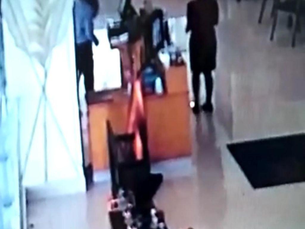 Polisi Periksa Sopir Anggota DPRD Jabar Pemukul Pegawi Hotel