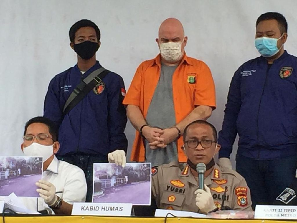 Polda Metro Jaya Bekuk Buronan FBI Russ Medlin