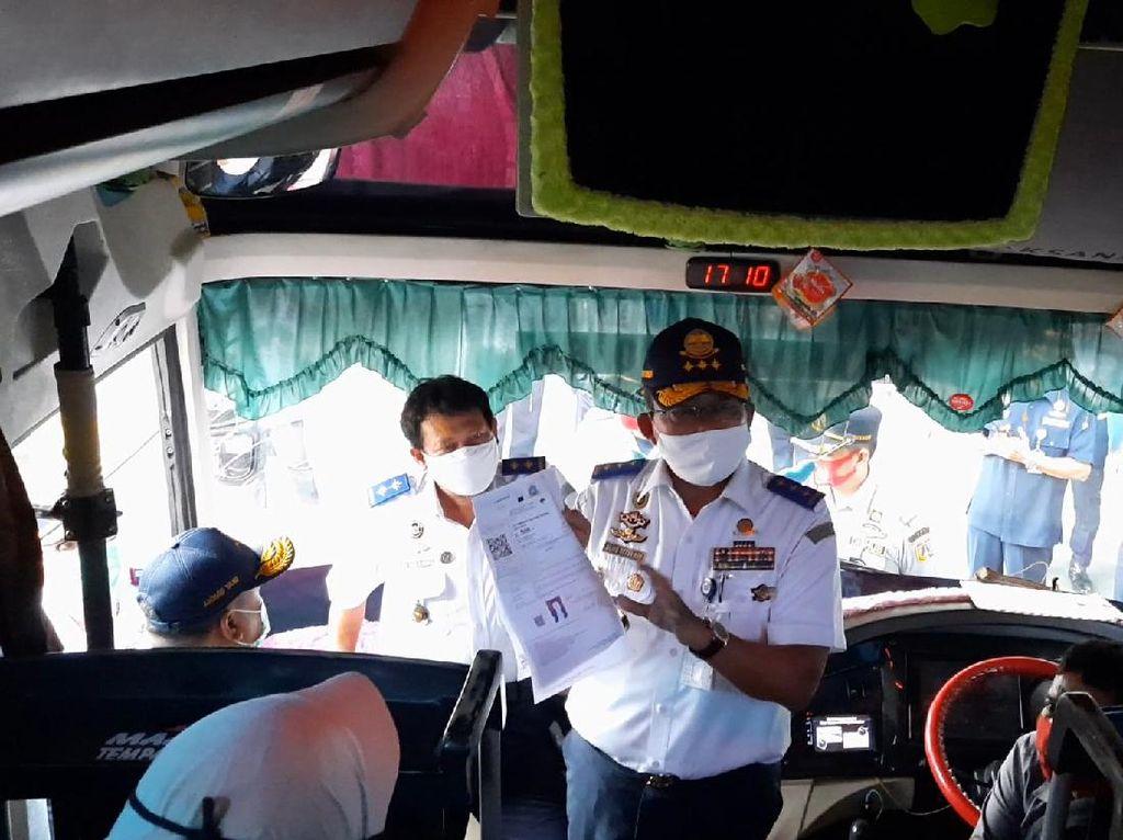 Kemenhub Usul Masifkan Tes COVID Saat Arus Balik Pemudik ke Jakarta