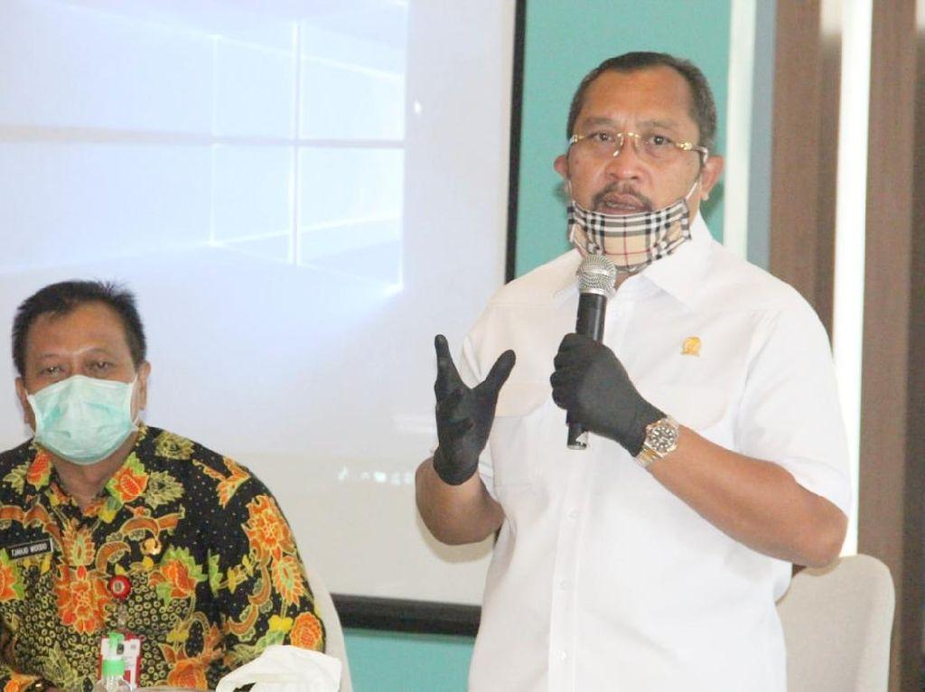 DPRD Jatim Ajak Semua Pihak Gotong Royong Hadapi COVID-19
