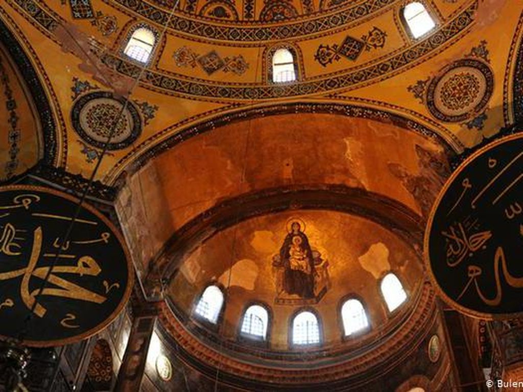 Hagia Sophia Diusulkan Jadi Rumah Ibadah Kristen dan Islam