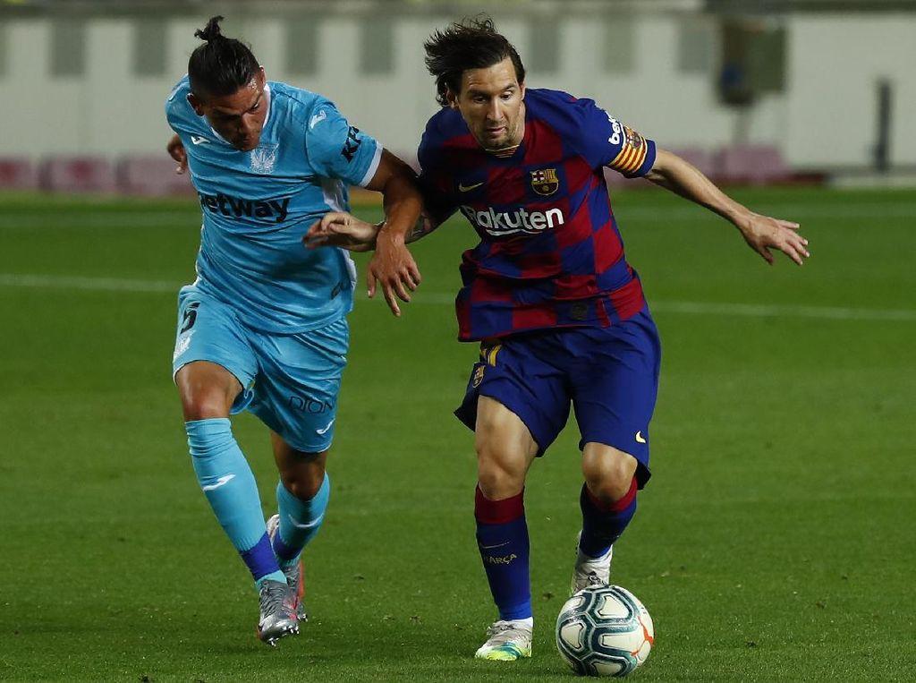 Messi Harusnya Tak Mendapat Penalti