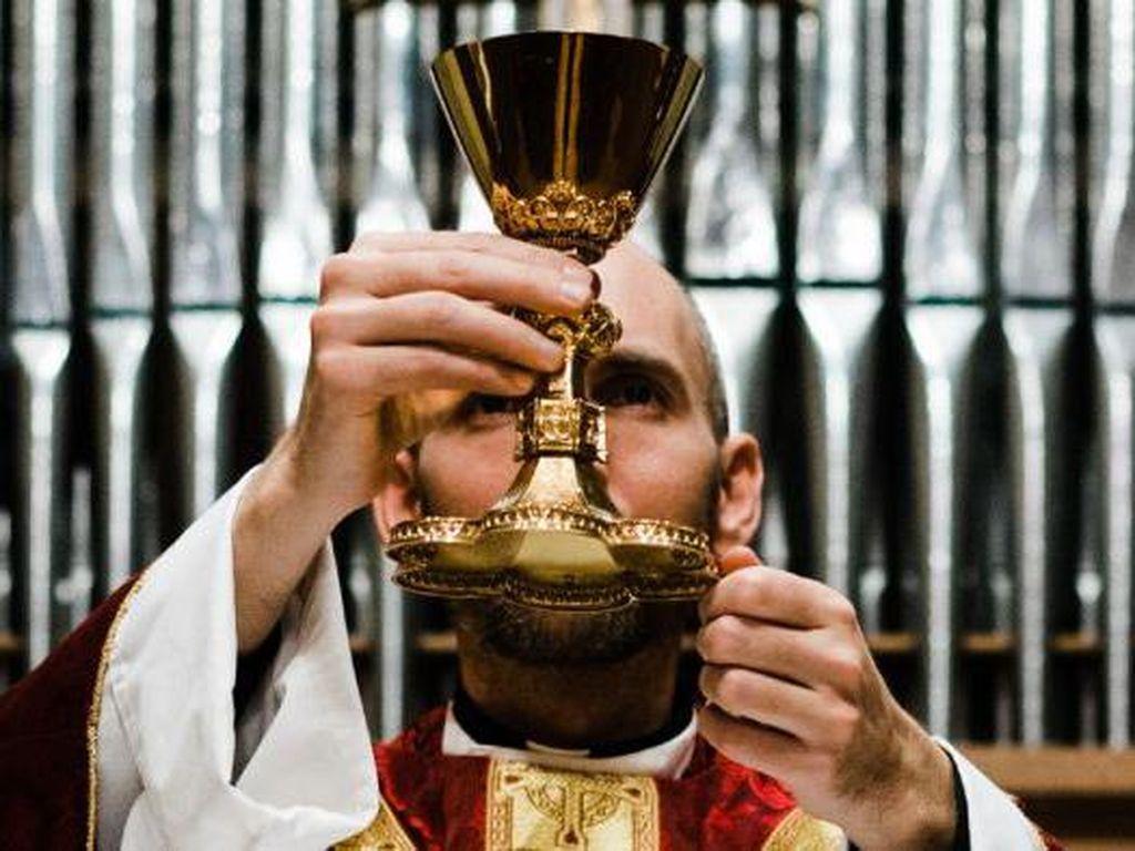 Sejumlah Pastor di Australia Terima Tunjangan Untuk Pekerja, Gereja Minta Sebagian