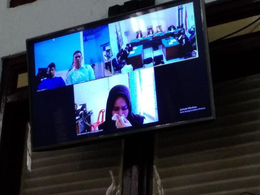 Sambil Nangis, Zuraida Terdakwa Pembunuhan Jamaluddin Minta Hukuman Ringan