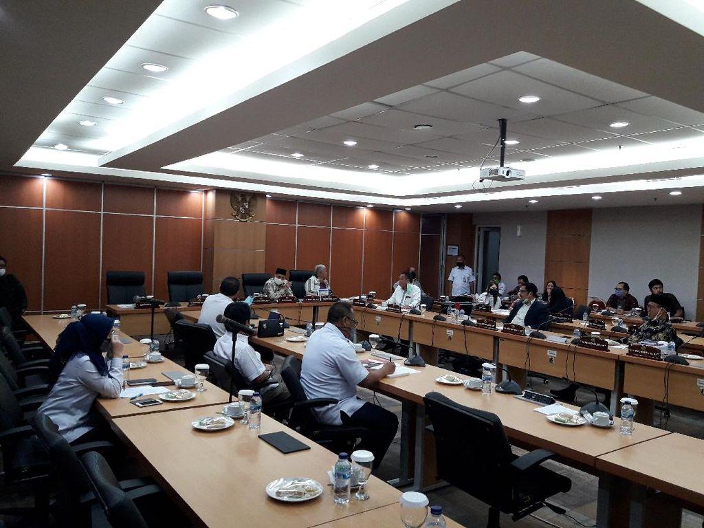 Cuma Dihadiri 3 Orang Eksekutif, Komisi B DPRD Tunda Rapat Evaluasi PSBB DKI