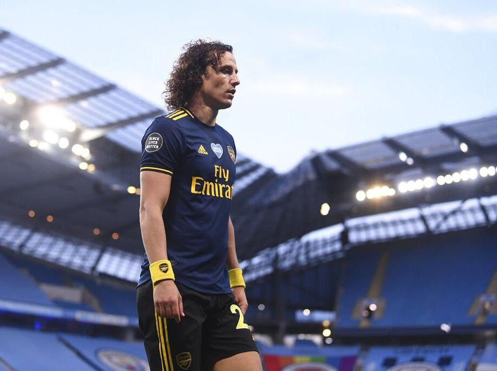 Arsenal Pertahankan David Luiz, Van Persie Bingung