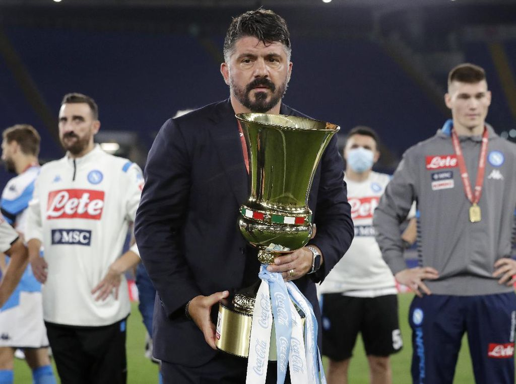 Napoli Juara Coppa, Gattuso Sebut-sebut Dewa Sepakbola