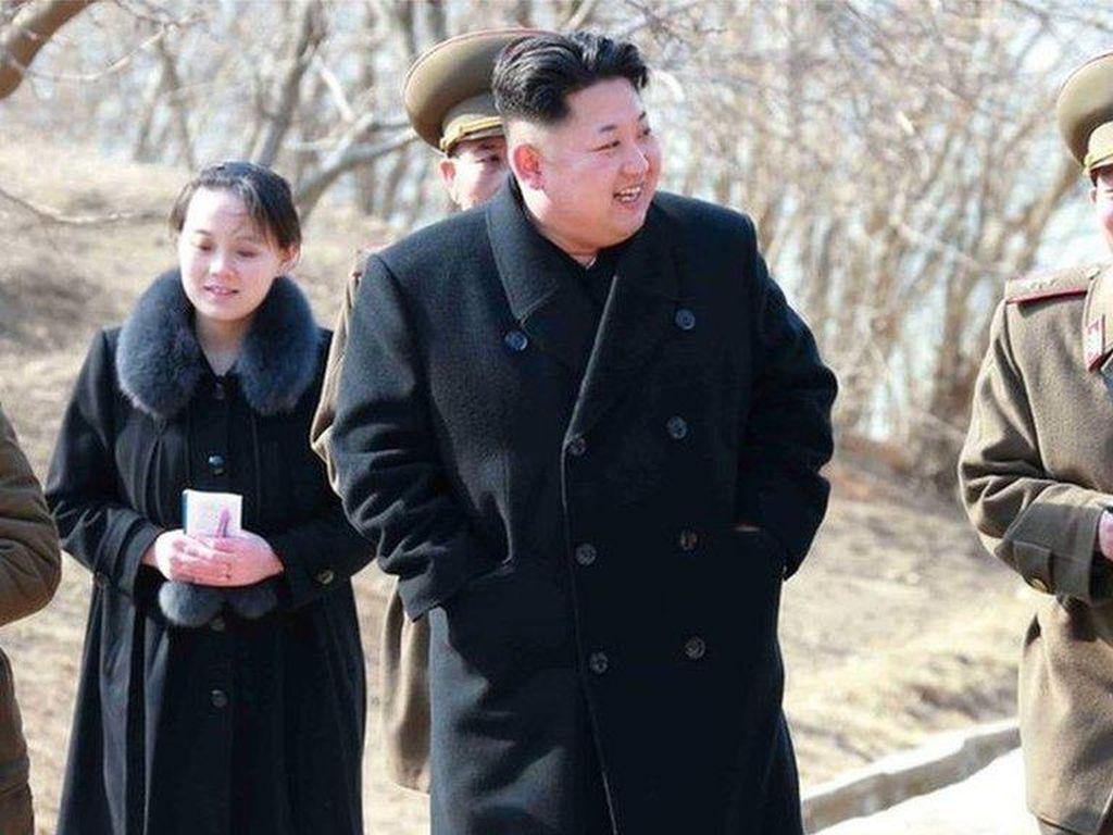 Klaim Sukses Lawan Pandemi Bikin Kim Jong-Un Tebar Puji ke Negara Sendiri
