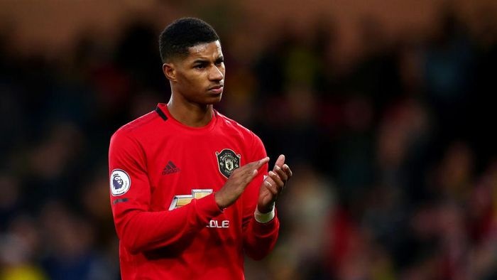 WATFORD, ENGLAND - DECEMBER 22:  Marcus Rashford of Manchester United applauds the fans after the Premier League match between Watford FC and Manchester United at Vicarage Road on December 22, 2019 in Watford, United Kingdom. (Photo by Dan Istitene/Getty Images)