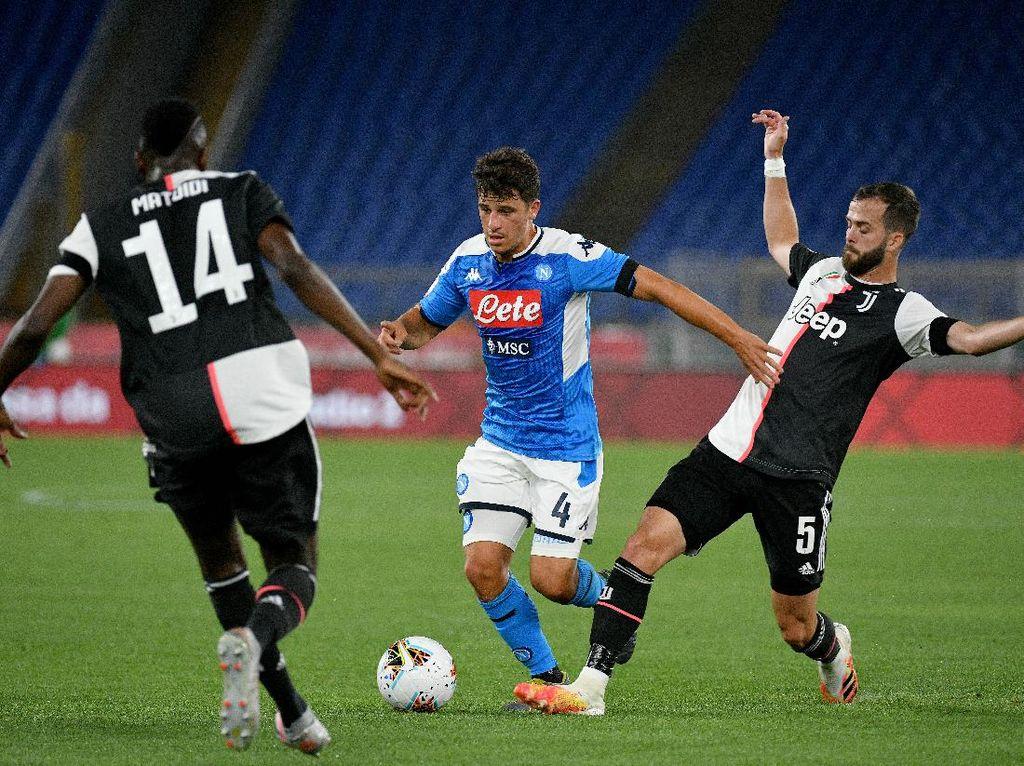 Kalah dari Napoli Sebuah Tamparan Keras untuk Juventus