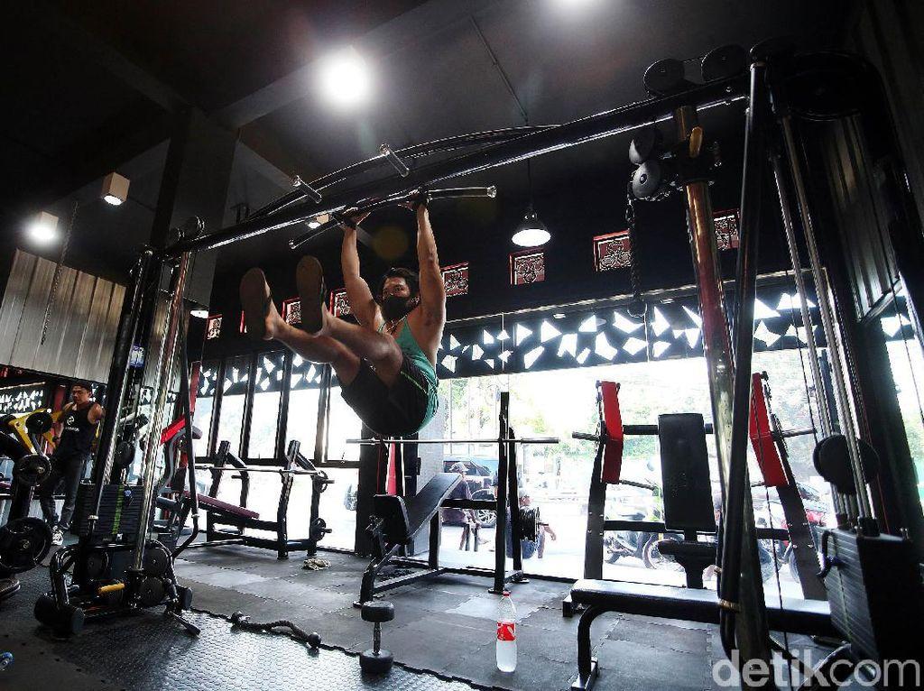 Bugar di Era New Normal, Perlukah Gym Diberi Sekat Penangkal Corona?