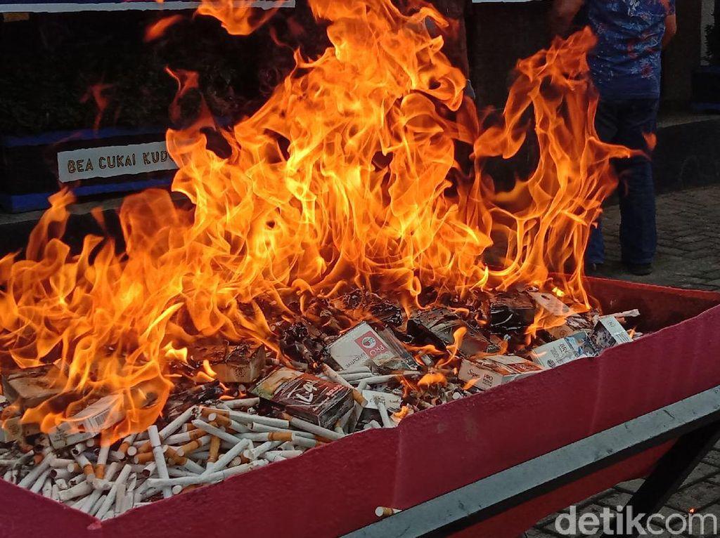Tarif Cukai Tembakau Tinggi, Peredaran Rokok Ilegal Ikut Naik