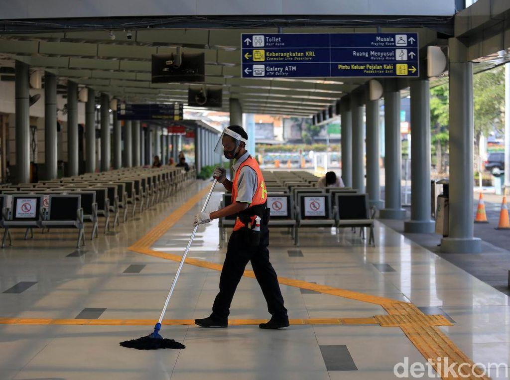 Stasiun Senen Sudah Terapkan New Normal