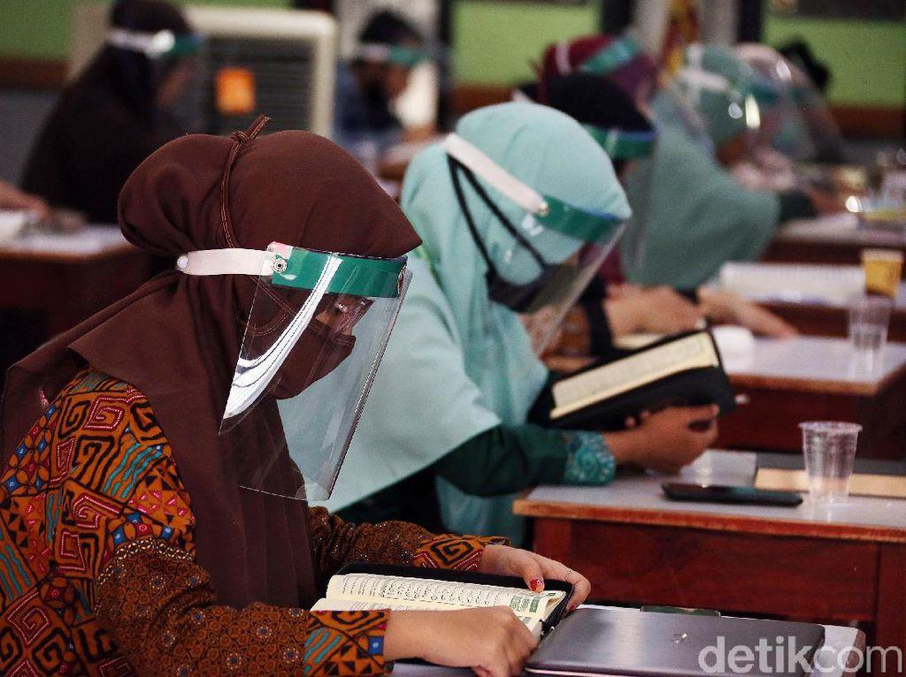 Cuma Bisa Jadi PPPK, Guru Dipastikan Dapat Tunjangan Setara PNS