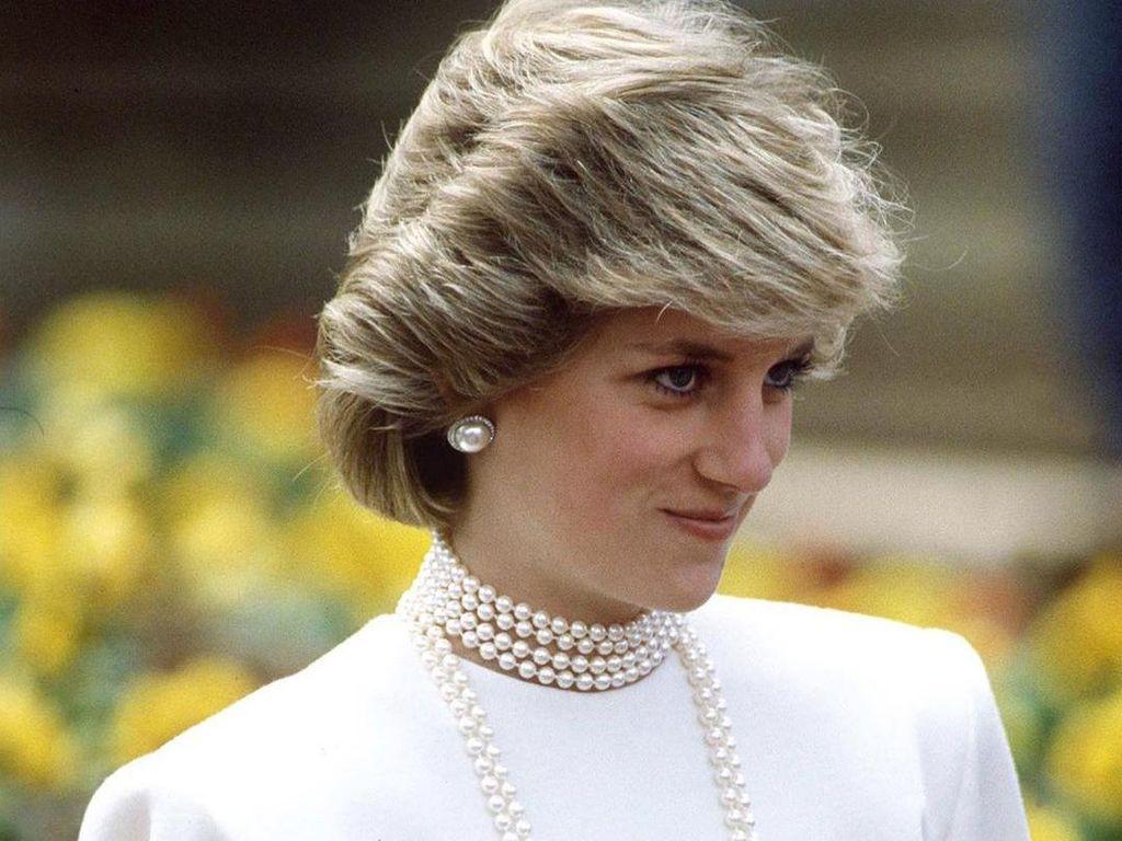Putri Diana Pernah Diminta Pakai Wig Mirip Camilla demi Pangeran Charles