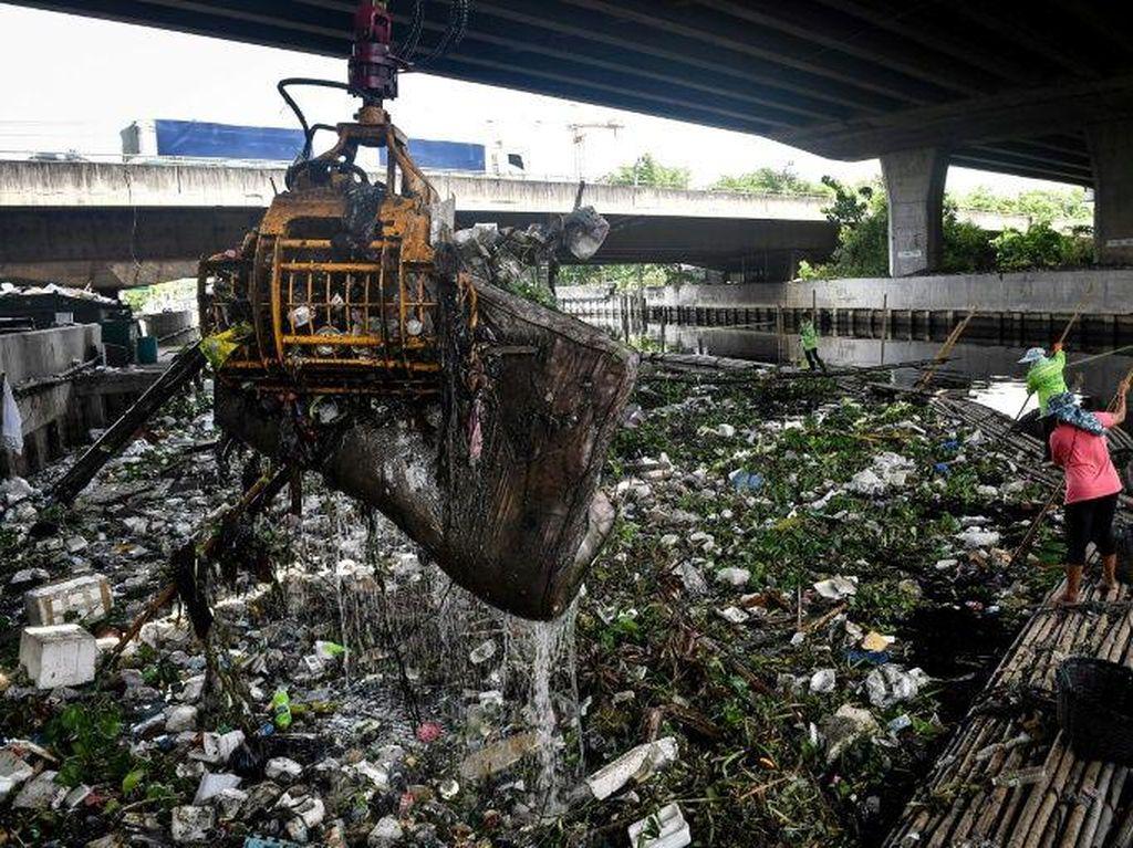 Limbah Plastik di Thailand Melonjak Selama Pandemi Virus Corona