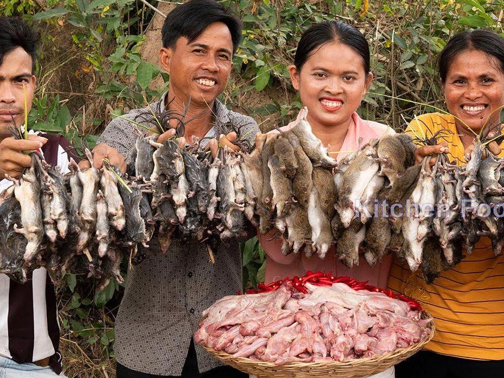 Wow! YouTuber Ini Hobi Masak Ratusan Kilo Tikus dan Kerang